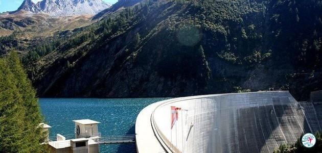阿爾卑斯山165米攀石牆