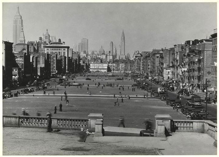 View facing north from Canal Street over the Sarah D. Roosevelt Park towards Midtown. 1930
