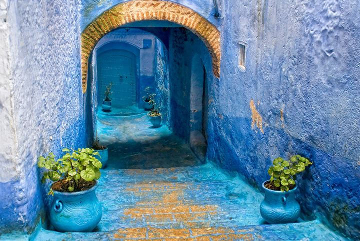 blue-streets-of-chefchaouen-morocco-14