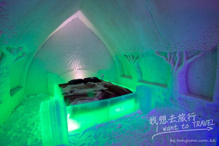 room-for-two-at-the-icehotel4-825x550