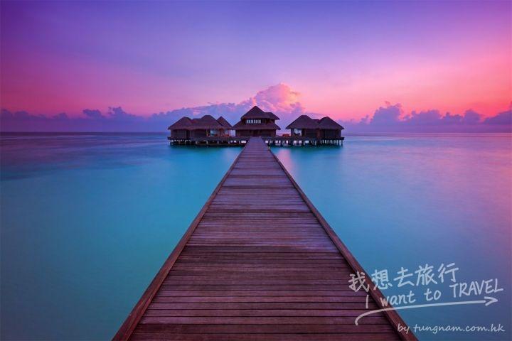 Huvafen-Fushi-Sunrise-Dawn-Maldives-Overwater-Spa-Paul-Reiffer-Professional-Landscape-Photograph-Photographer-Pink-Blue-Sea-Ocean-Jetty-Wooden-Per-Aquum@2x